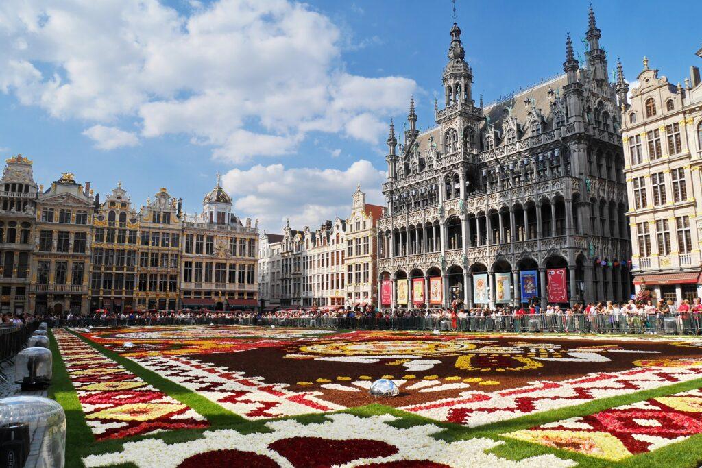 Trasferirsi, vivere e lavorare a Bruxelles: La mia esperienza di viaggio sola andata