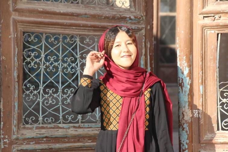 Fatima: l'unica guida turistica donna in fuga dall'Afghanistan